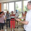 Jongliertrainer werden und Flüchtlingen das Jonglieren beibringen