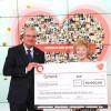 QVC spendet 50.000 Euro zugunsten herzkranker Kinder (FOTO)