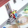 Die eigene Immobilie im Alter:  Umbauen oder verkaufen?