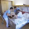 """2.000 Angestellte, 900 Betten und 140.000 Patienten pro Jahr: kabel eins zeigt Krankenhaus-Alltag hautnah in """"Die Klinik -Ärzte, Helfer, Diagnosen"""" ab 17. Juli 2018 dienstags um 20:15 Uhr (FOTO)"""