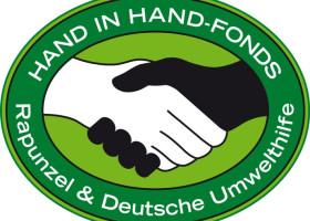Zusammenarbeit Deutsche Umwelthilfe und Rapunzel: HAND IN HAND-Fonds für öko-soziale Projekte weltweit (FOTO)