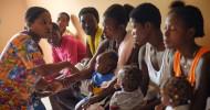 """Welttag Humanitäre Hilfe: """"Frauen geben Frauen eine Stimme"""" / Bündnis """"Aktion Deutschland Hilft"""" würdigt Arbeit von Helferinnen in Krisen und Katstrophen (FOTO)"""
