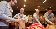 Verantwortung vorleben: Internationale Führungskräfte der Berner Group packen 1.000 Nikolaussäcke für Kinder aus sozialen Brennpunkten (FOTO)