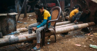 Schuften statt Schule: Jedes 6. Kind in den Slums von Dhaka arbeitet Vollzeit / Zum Welttag der Bildung am 24.1. (FOTO)